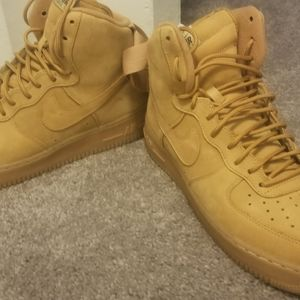Nike Airforce 1's 07 LV8